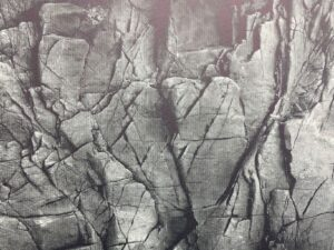 fractured rock image